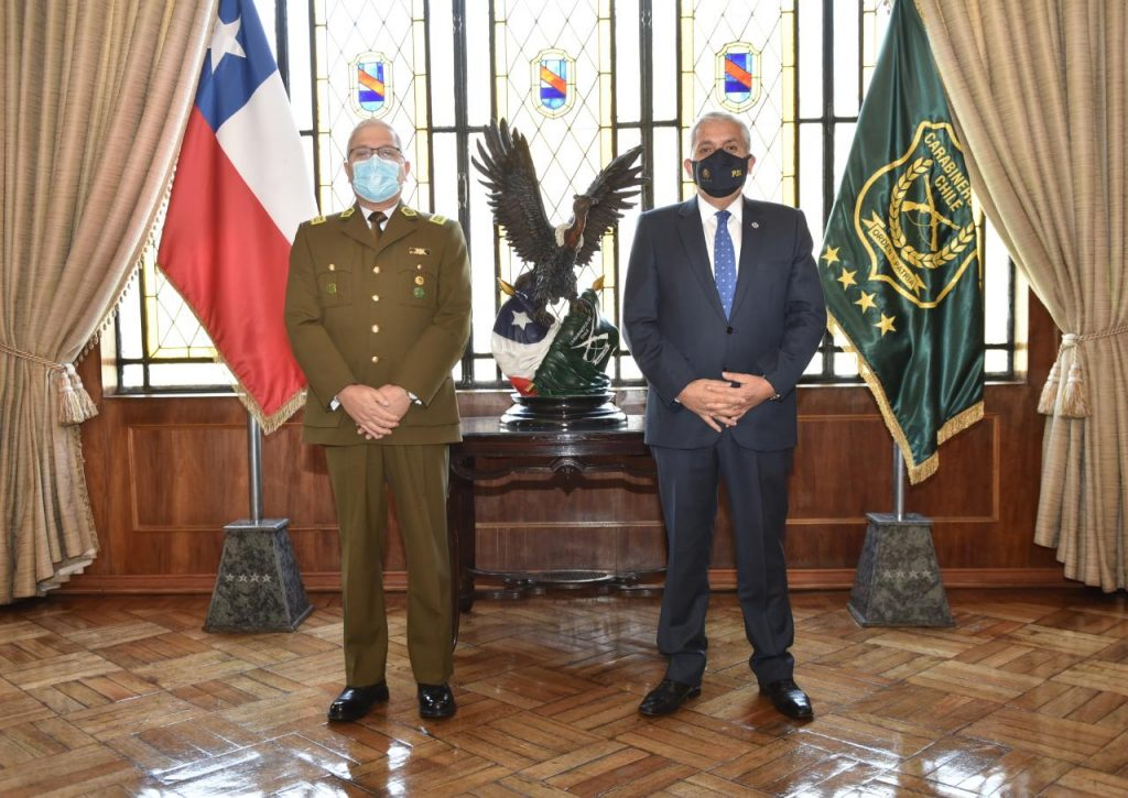 Carabineros Ricardo Yáñez y Héctor Espinosa